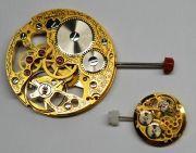 Kleiner-und-Grosser-Bruder-Uhrwerke-im-Groessenvergleich-001